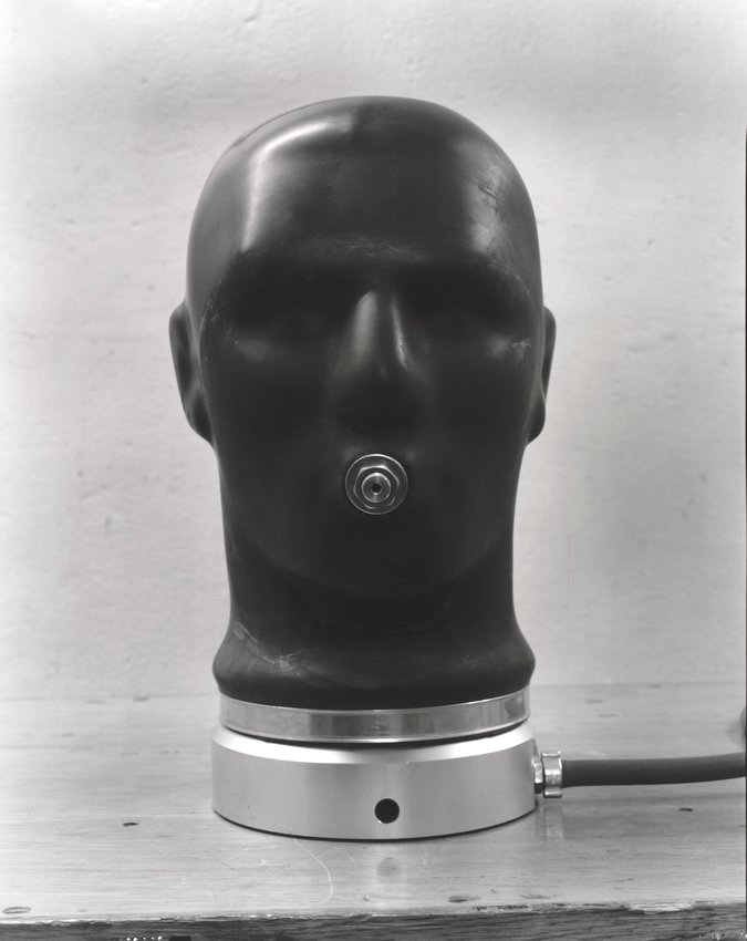 image of 'Gasmaskenprüfgerät, West/Ost [Gasmask Testing Apparatus, West/East], from the series Dienststelle Marienthal [Marienthal Office]'