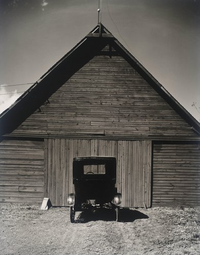 Model T and Barn, Ed's Place