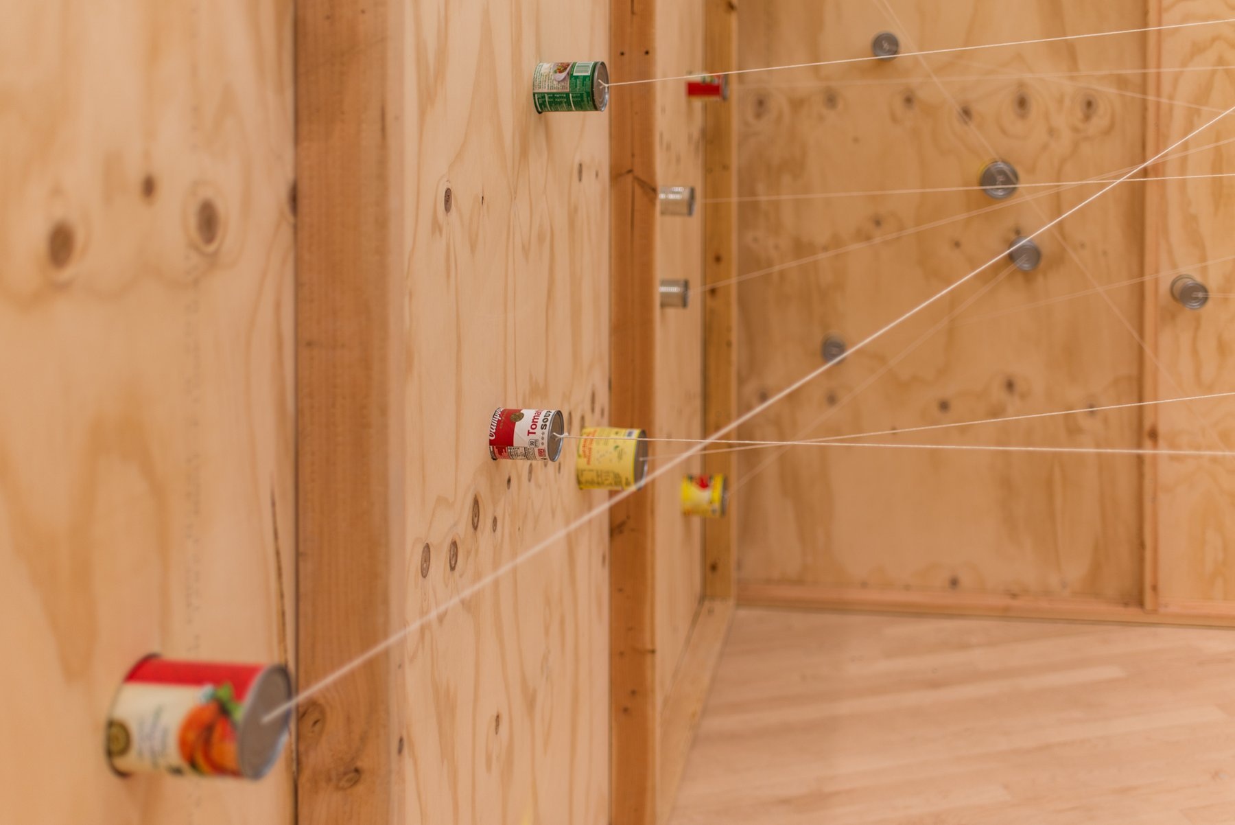 A cubic structure strewn with strings, Pica, Soundtracks