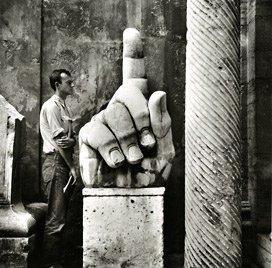 Robert Rauschenberg, Cy + Relics, Rome, 1952.