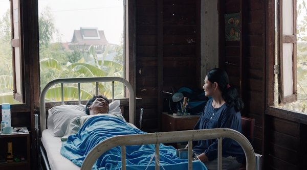 Apichatpong Weerasethakul, Cemetery of Splendor (still), 2015; image: courtesy Kick the Machine films