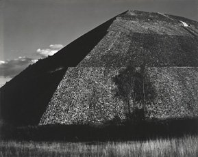 Ed Weston, photograph of pyramid structure in Mexcio