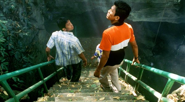Apichatpong Weerasethakul, Tropical Malady (still), 2004; image: courtesy Kick the Machine films
