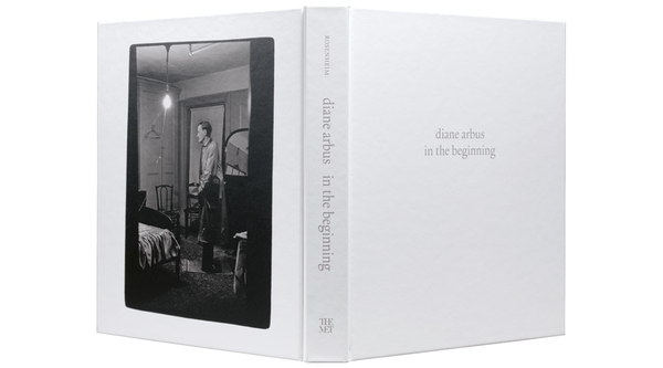 diane arbus in the beginning catalogue
