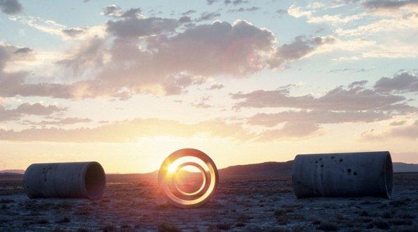 Nancy Holt sun tunnels,