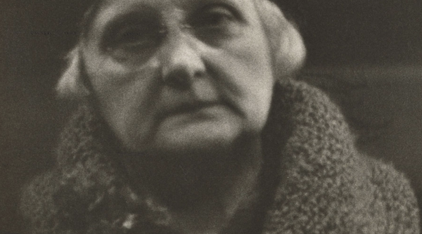 Detail of Walker Evans subway portrait of an elderly woman