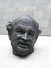 Robert Arneson face sculpture on SFMOMA rooftop garden
