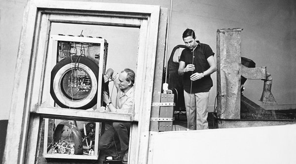 A black and white photograph of a technology-based sculpture, Rauschenberg