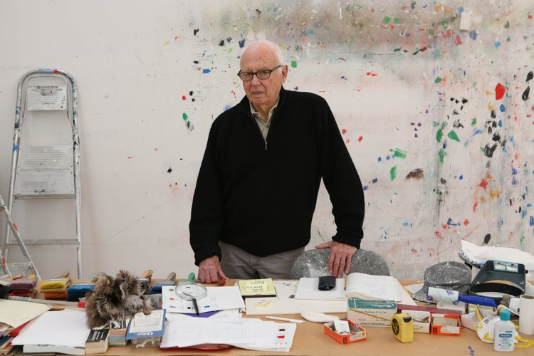 Artist Ellsworth Kelly in his studio