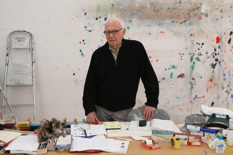 Artist Ellsworth Kelly in his studio