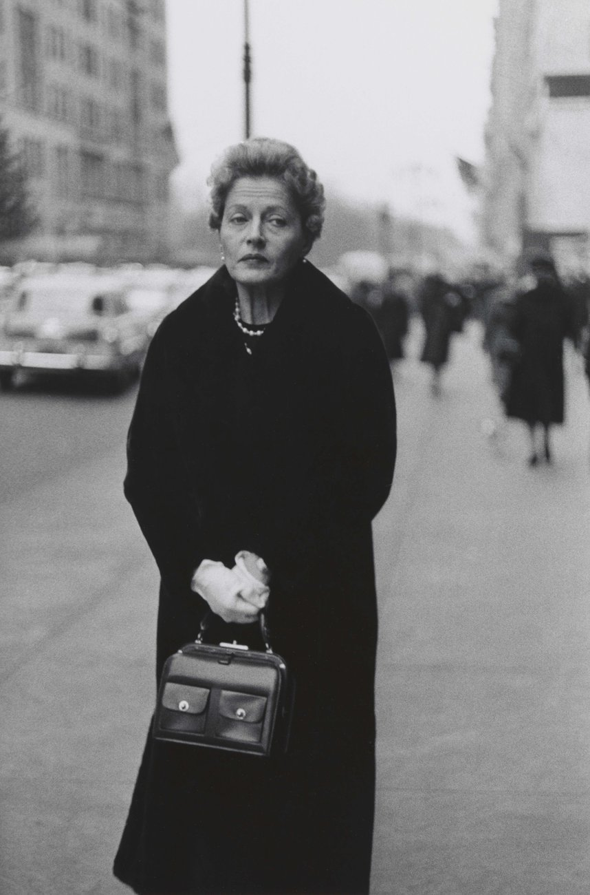 Artwork image, Diane Arbus, Woman with white gloves and a pocket book