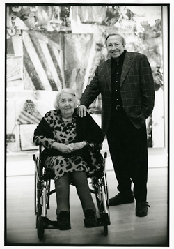 Robert Rauschenberg in the SFMOMA galleries with Phyllis Wattis during the exhibition Robert Rauschenberg, May 7-September 7, 1999.