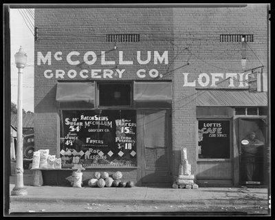 Walker Evans, McCollum Grocery, 1936