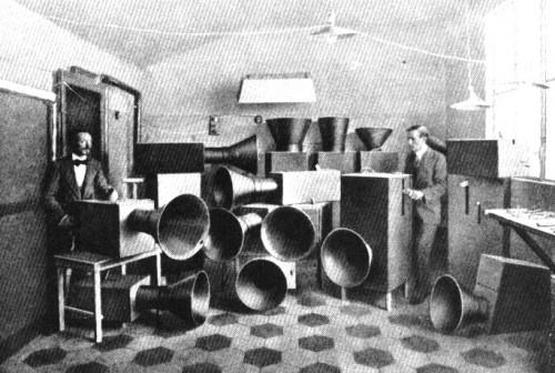 Luigi Russolo, Intonarumori, 1913