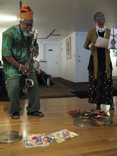 Oluyemi Thomas (left) and Ijeoma Thomas (right) at the Joyce Gordon Gallery in Oakland 9/12/10.