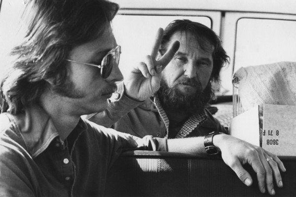 Paul Kos and Mel Henderson in the limousine van to Newport Beach for The San Francisco Performance, 1972; photo courtesy University of California, Berkeley Art Museum and Pacific Film Archive; gift of the Naify Family; photo: Larry Fox