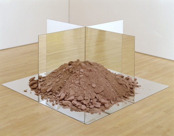 Robert Smithson, Nonsite (Essen Soil and Mirrors), 1969