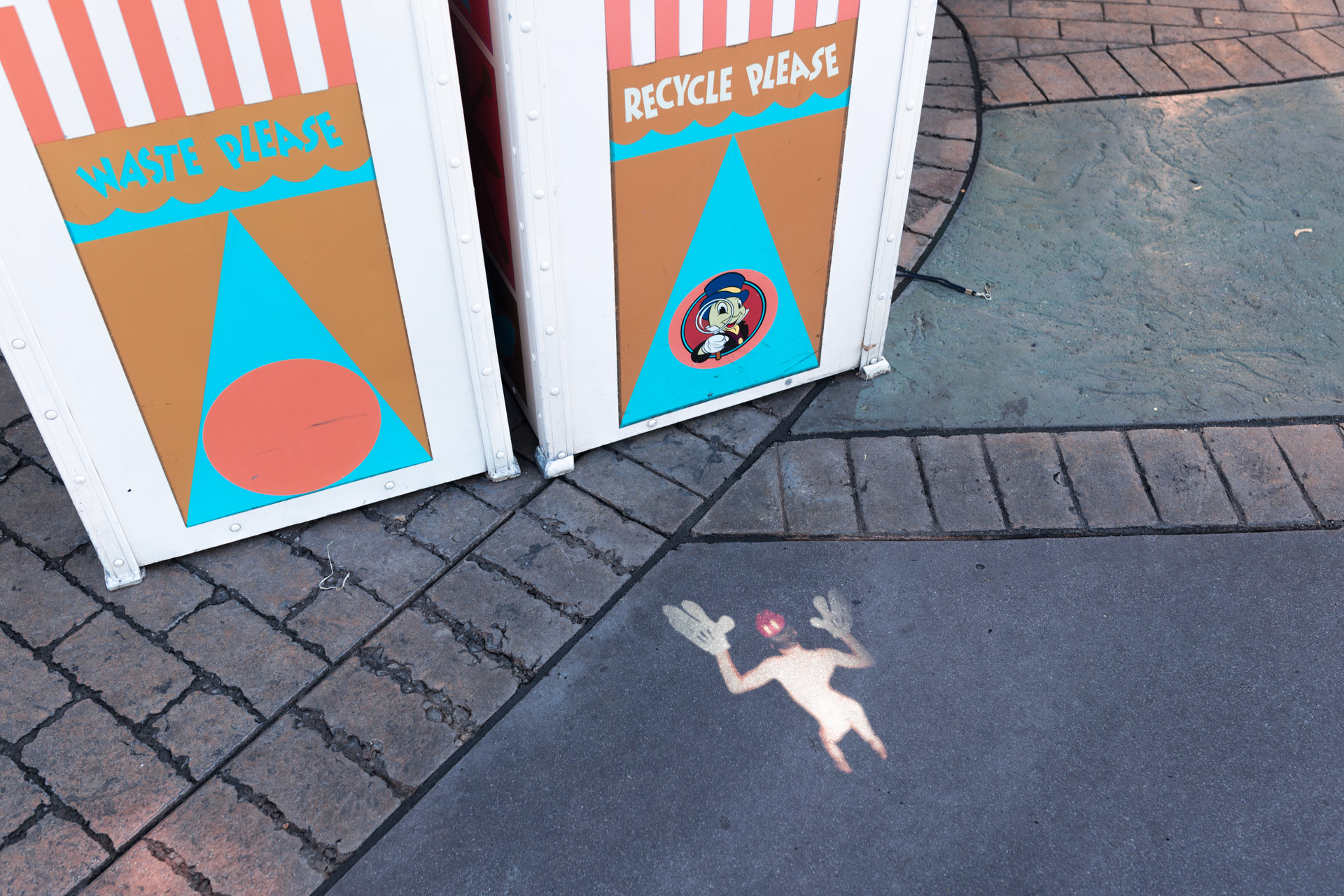 3-4 Dirty Disney [Mainstreet USA]