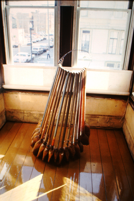 David Ireland, Broom Collection (1978), 1986; photo: Abe Frajndlich; image courtesy of The 500 Capp Street Foundation.