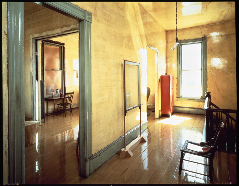 View of upstairs hallway with Three-Legged Chair (1978) and Delection (1980), 1981; photo: Henry Bowles; image courtesy of The 500 Capp Street Foundation.
