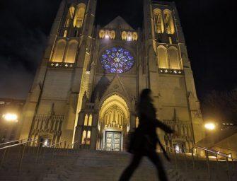 夜晚新去处:葛雷斯大教堂五光十色