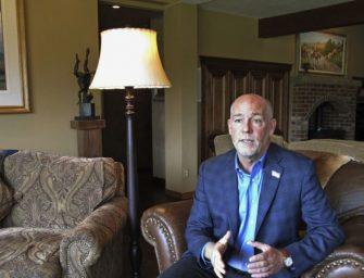 蒙塔纳州联邦众议员候选人选举日前夕被控打记者