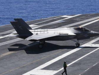 美国海军宣布F-35C战机通过航母舰载安全飞行最后测试