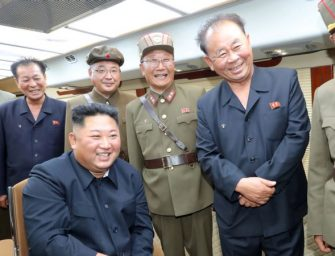 朝鲜官媒:美国在韩国部署中程导弹是鲁莽行为