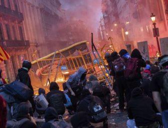 加泰罗尼亚示威者借鉴香港反送中运动抗争策略