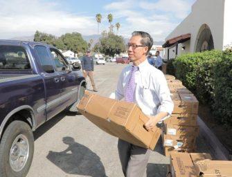 有免费火鸡吃!加州华裔众议员提前送温暖