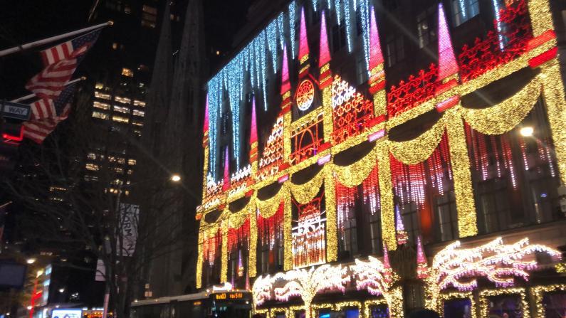 纽约冰雪奇缘圣诞灯光秀!