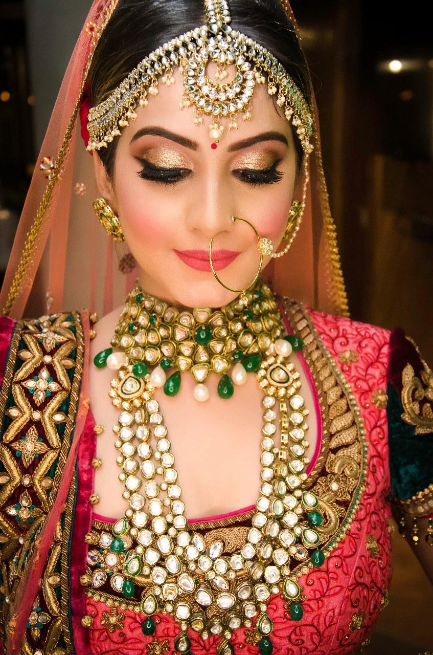 Portfolio - varsha pawar makeup