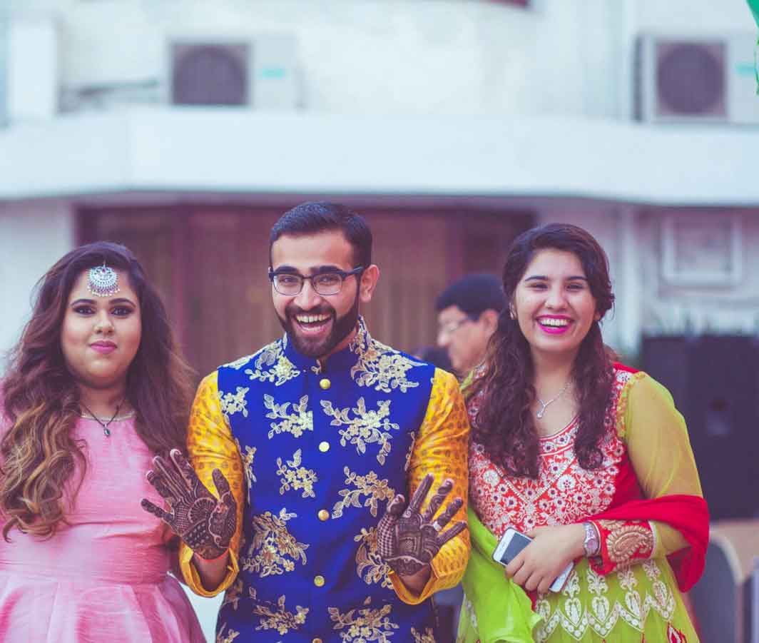 mehendi outfit for grooms