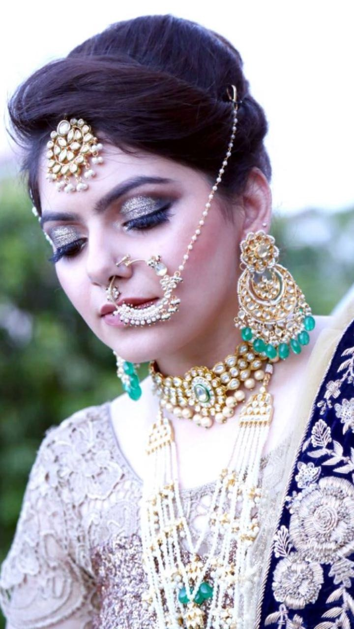 Portfolio - Aakansha Singhal Makeovers