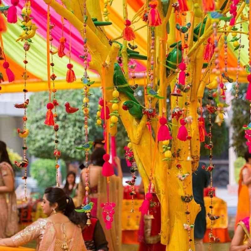 Home Decoration For Indian Wedding: Vibrant Mehandi Decor
