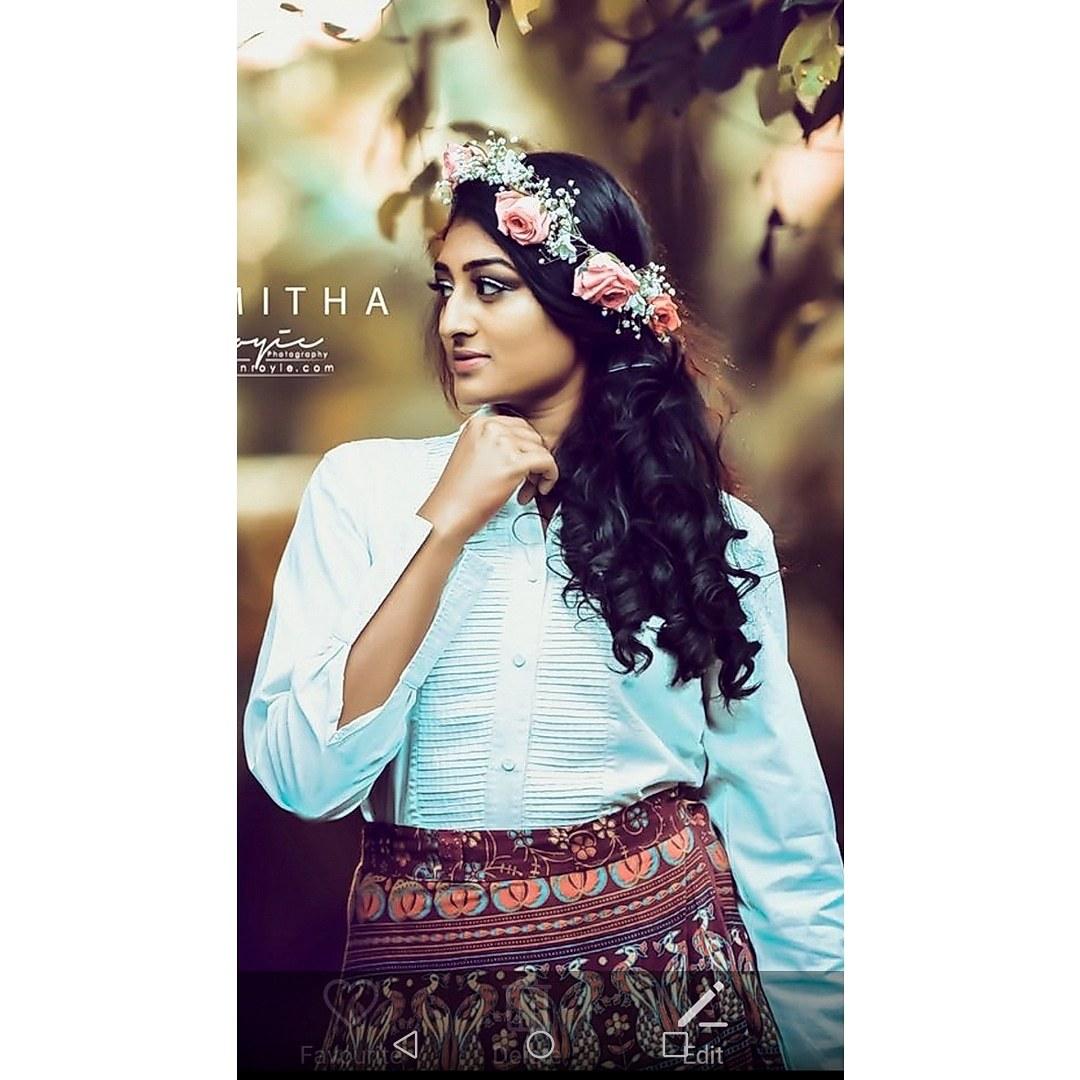 Makeover By Ananya - Portfolio