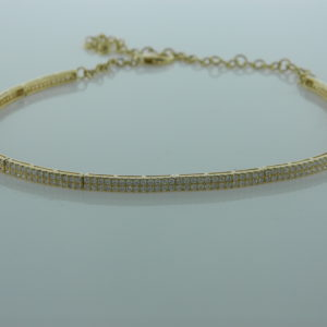 18 Karat Yellow Gold Mounted Necklace with 286 Round Cut Diamonds weighing 3.95cts tw.