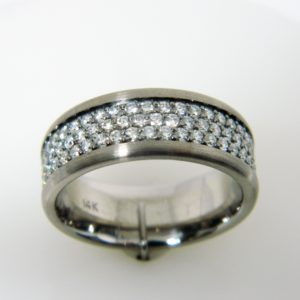 14 Karat Grey Gold Band Mounted Ring with 129 Round Cut Diamonds weighing 2.32cts- Size 9.25