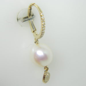 14 Karat Yellow Gold Pearl Mounted Earrings with 54 Round Cut Diamonds weighing 0.13cts & 2 Pearl