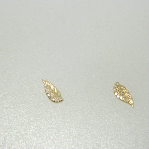 14 Karat Yellow Gold Stud Mounted Earrings with 24 Round Cut Diamonds weighing 0.05cts