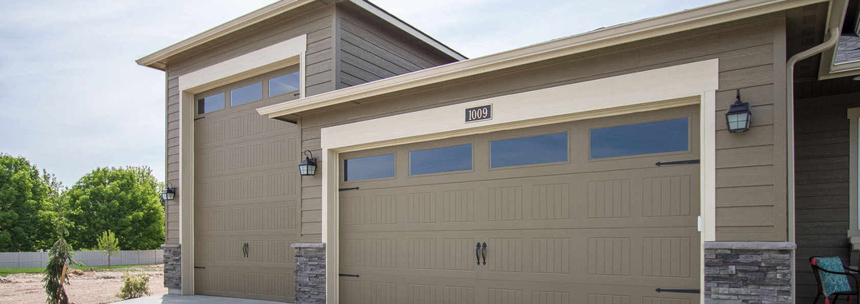 25 Amazing Motorhome Garage Door