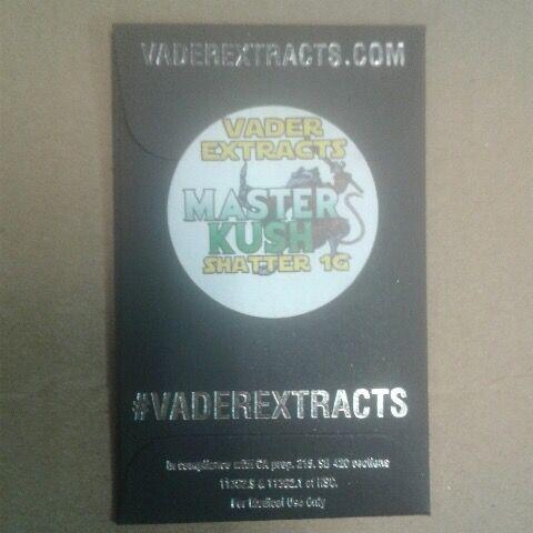 Vader Extracts-MasterKush Shatter 1g