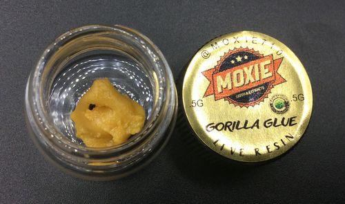 Gorilla Glue Live Resin Cake Batter by Moxie