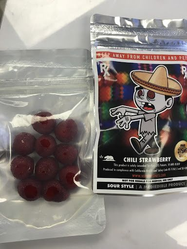 Voodoo Sours -Chili Strawberry Sour Style 375mg