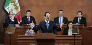 Cuestione | Francisco Domínguez Servién Gobernador de Querétaro
