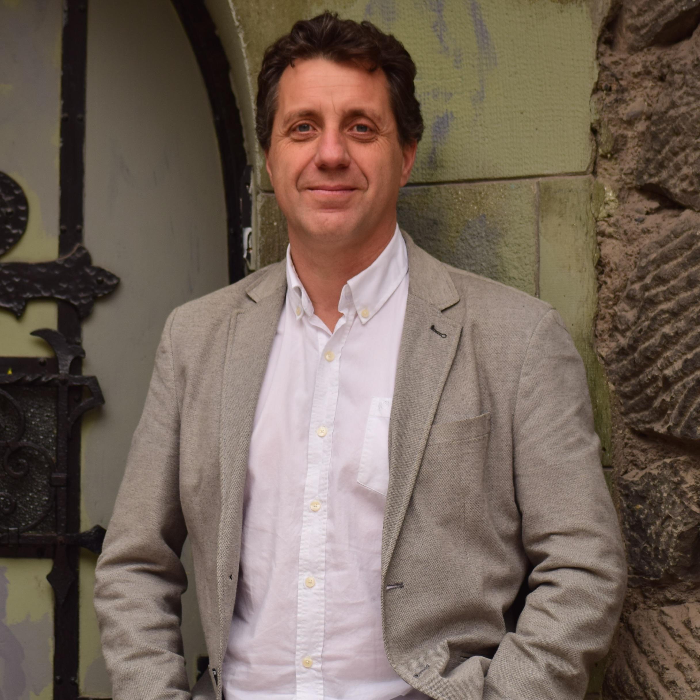 Mauricio Weibel Barahona