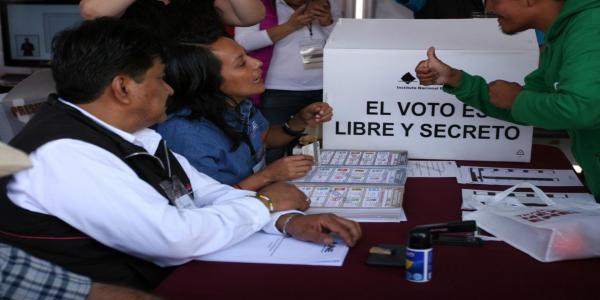 México |  ¿COVID-19 pone en riesgo a la democracia?
