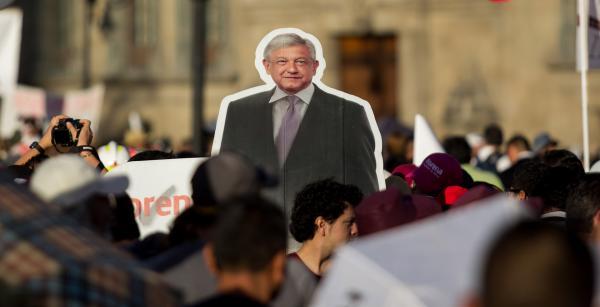 Cuestione   México   10 (¡de 100!) promesas de AMLO en el Zócalo