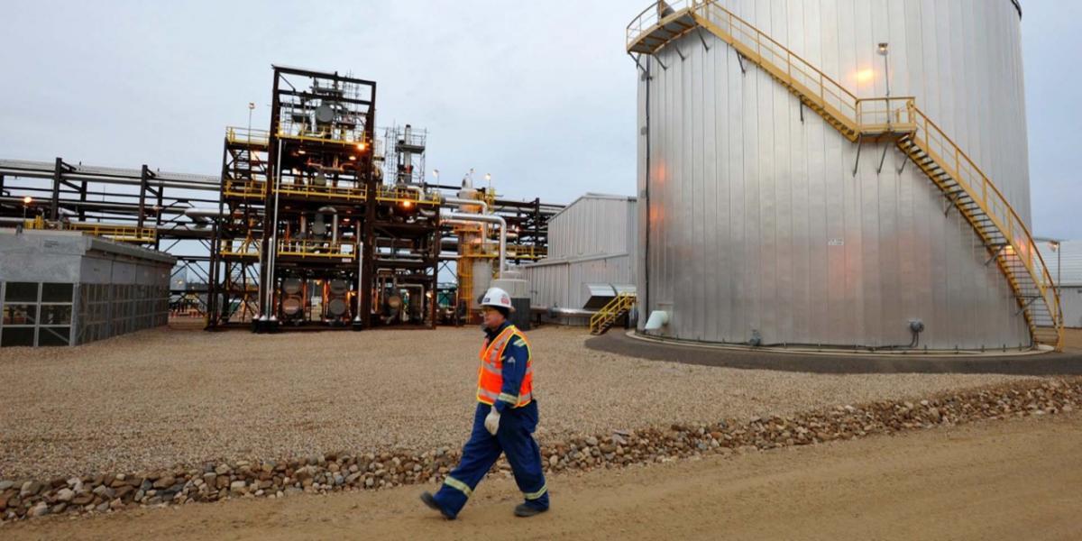 A Fondo | Falso que se extraiga petróleo a 4 dólares por barril, como aseguró AMLO