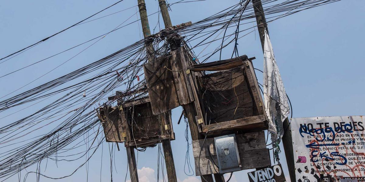 México | Morena va contra el de robo de luz… ¿y los adeudos de los estados?
